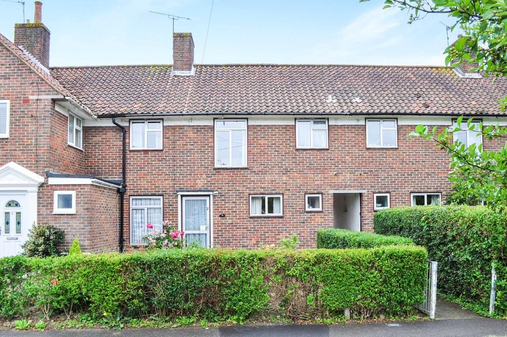 3 Bedrooms Terraced House for sale in North Close, Northgate
