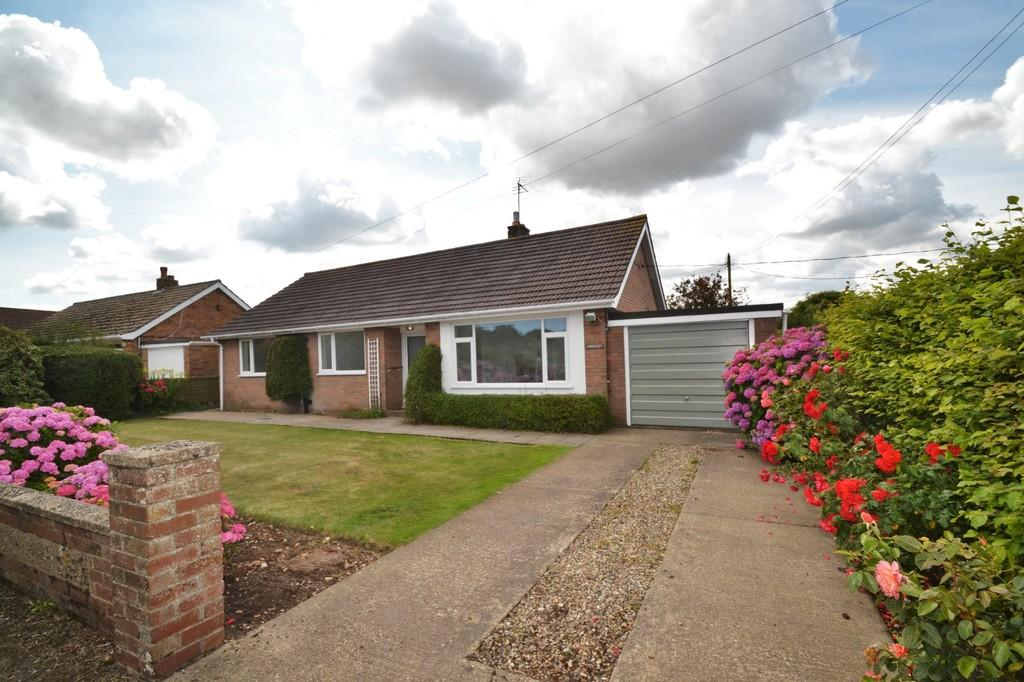 3 Bedrooms Detached Bungalow for sale in Bodham
