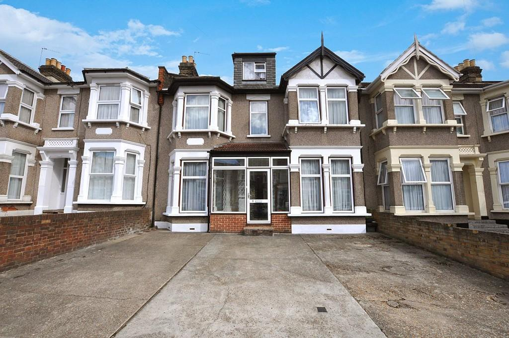 8 Bedrooms Terraced House for sale in Courtland Avenue, Ilford