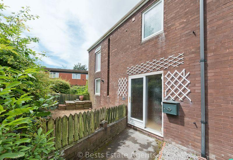 3 Bedrooms End Of Terrace House for sale in Cunliffe Close Palacefields Runcorn