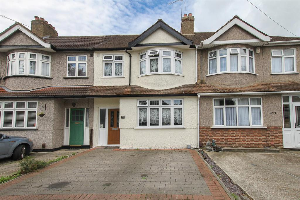 3 Bedrooms Terraced House for sale in Mawney Road, Romford