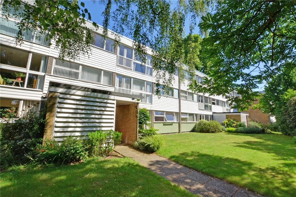 2 Bedrooms Flat for sale in Hallgate, Blackheath Park, Blackheath, London, SE3
