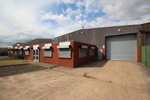 Light industrial to rent - Unit 4, Spon Lane Industrial Estate, Spring Road, Smethwick, B66 1PE