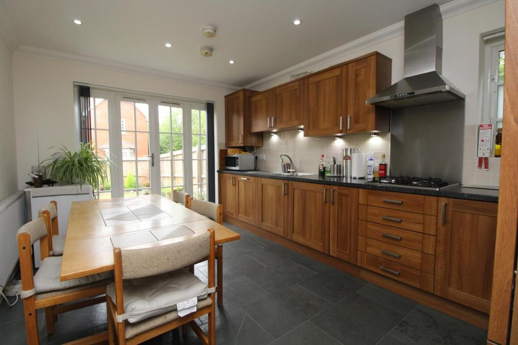 4 Bedrooms Detached House for sale in Hatfield Road, Witham, Essex, CM8