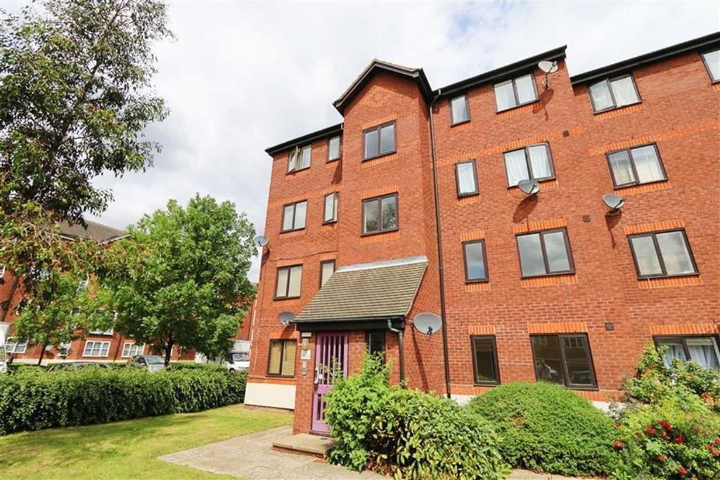 1 Bedroom Flat for sale in Harlinger Street, Woolwich, London, SE18