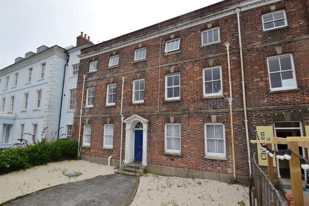 8 Bedrooms End Of Terrace House for sale in Bank Place, Falmouth