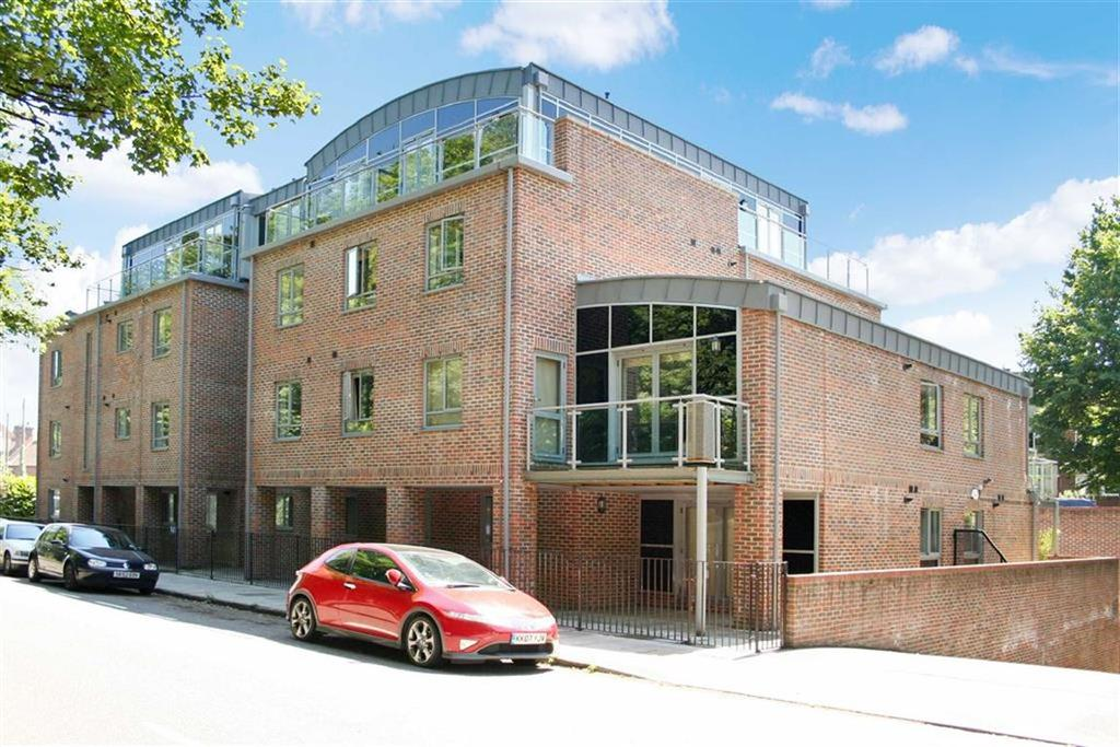 1 Bedroom Flat for sale in Tollhouse Point, St Albans, Hertfordshire
