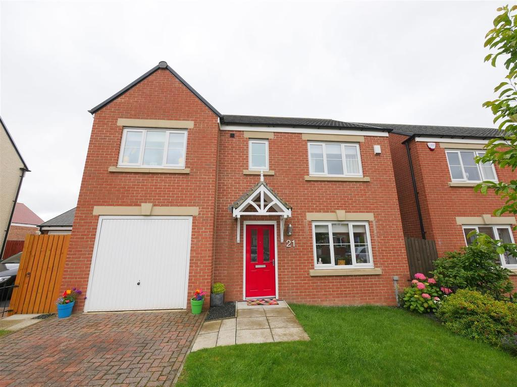 4 Bedrooms Detached House for sale in Barnwell View, Herrington Burn, Houghton Le Spring