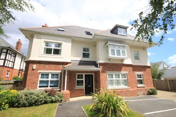 2 Bedrooms Apartment Flat for sale in Sandbourne Road, Alum Chine, Bournemouth