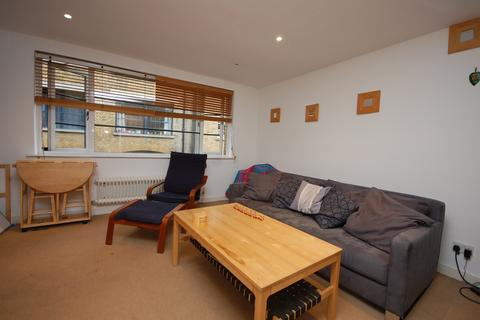2 bedroom flat to rent - Long Lane Southwark SE1