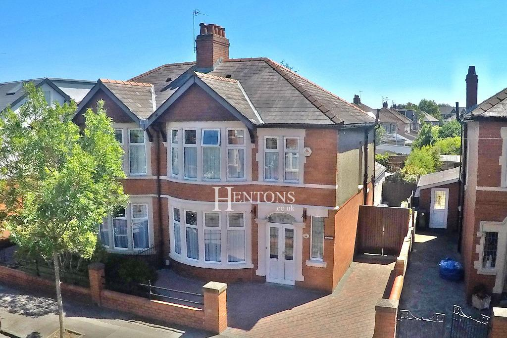3 Bedrooms Semi Detached House for sale in Princes Street, Roath, Cardiff
