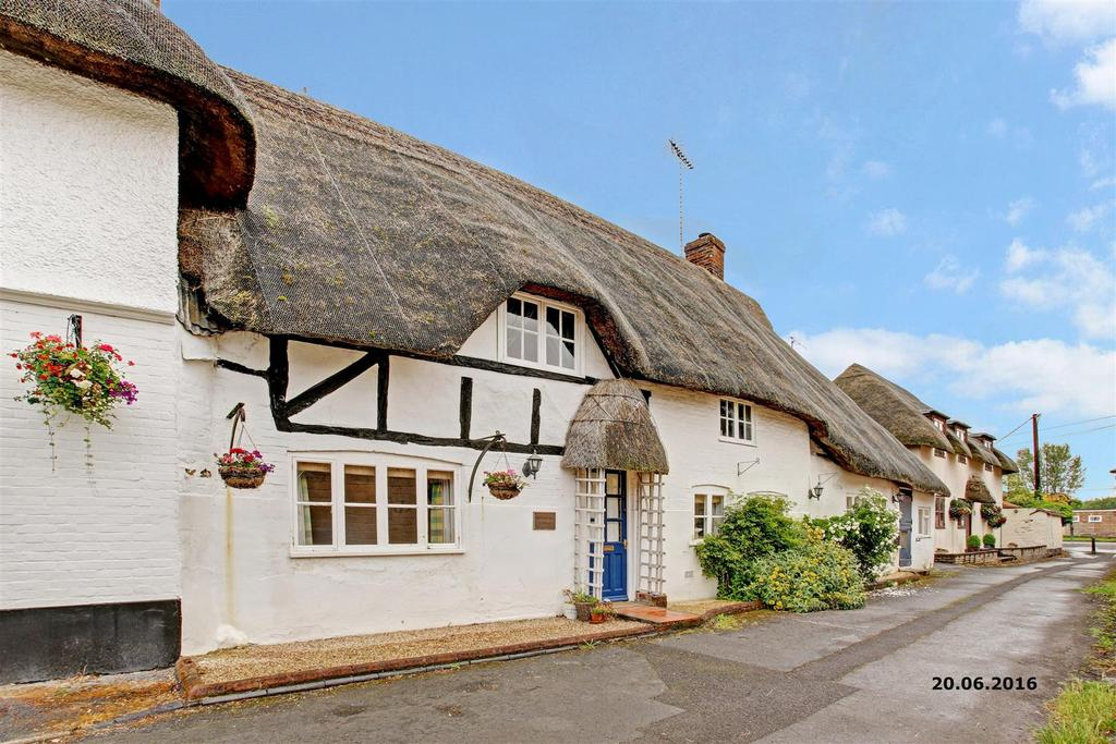 4 Bedrooms Semi Detached House for sale in High Street, Upavon, Pewsey