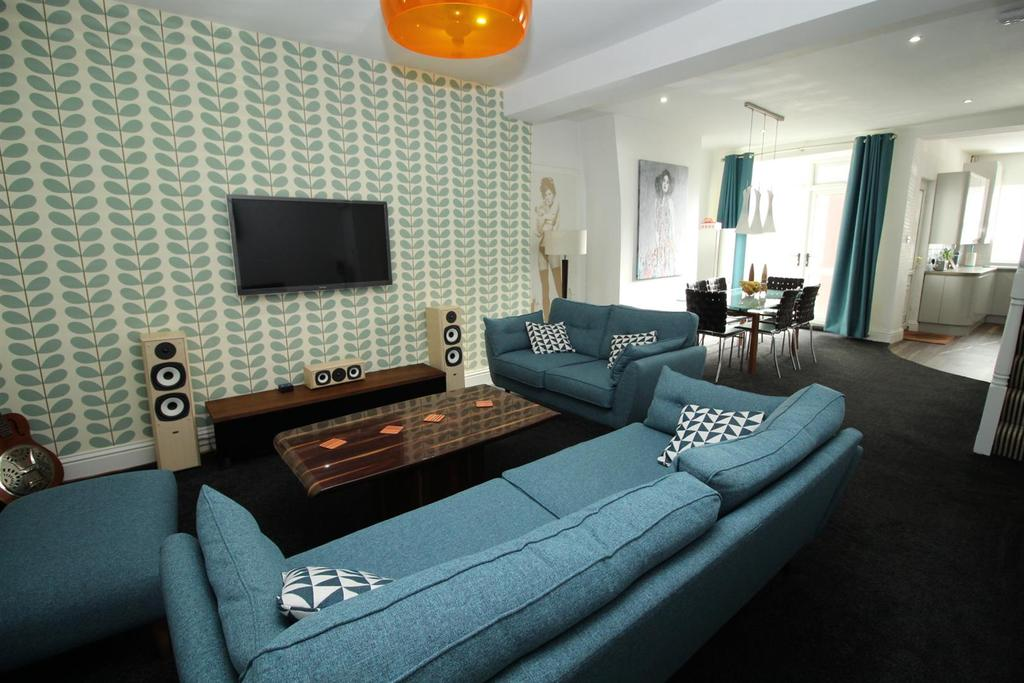 4 Bedrooms House for sale in Rectory Road, Bensham, Gateshead