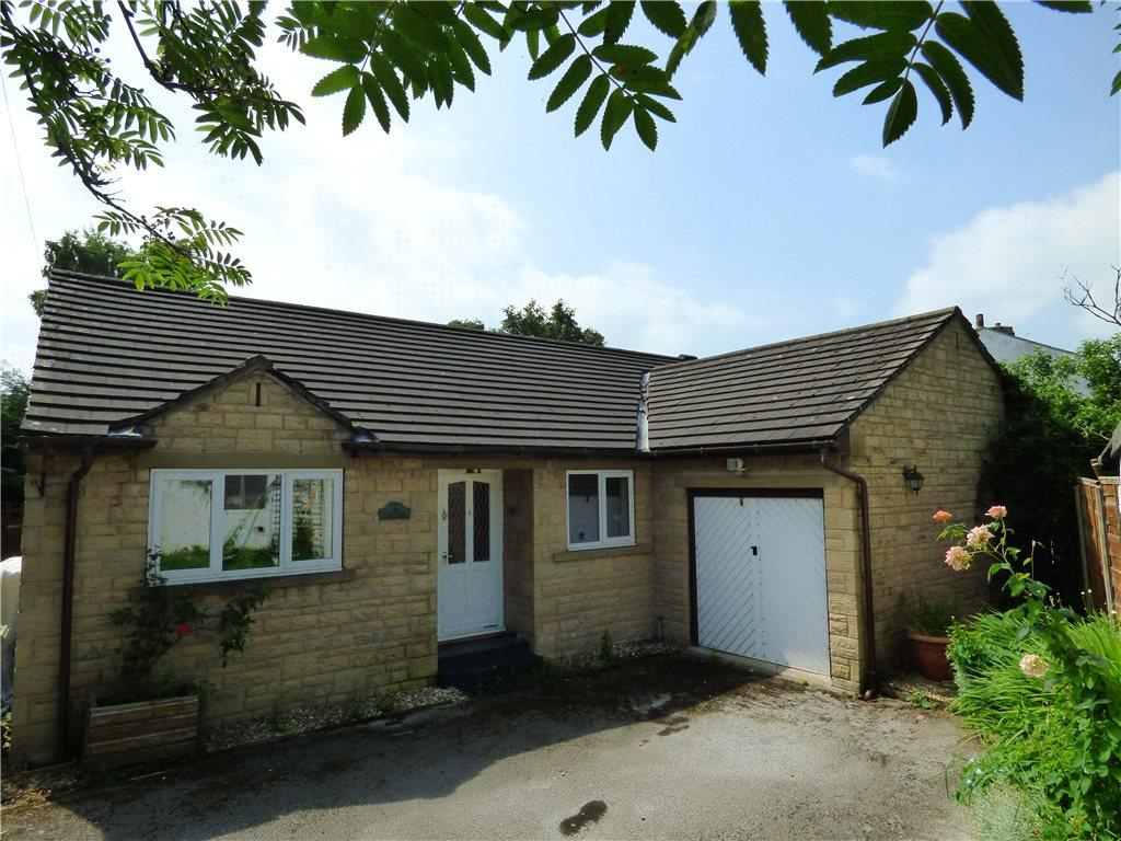 3 Bedrooms Detached Bungalow for sale in Duxbury Street, Earby, Barnoldswick, Lancashire