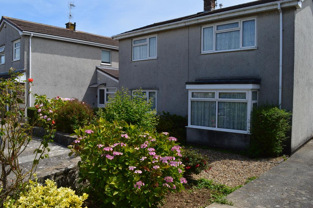 3 Bedrooms Detached House for sale in Clos yr Onnen, Llantwit Major CF61