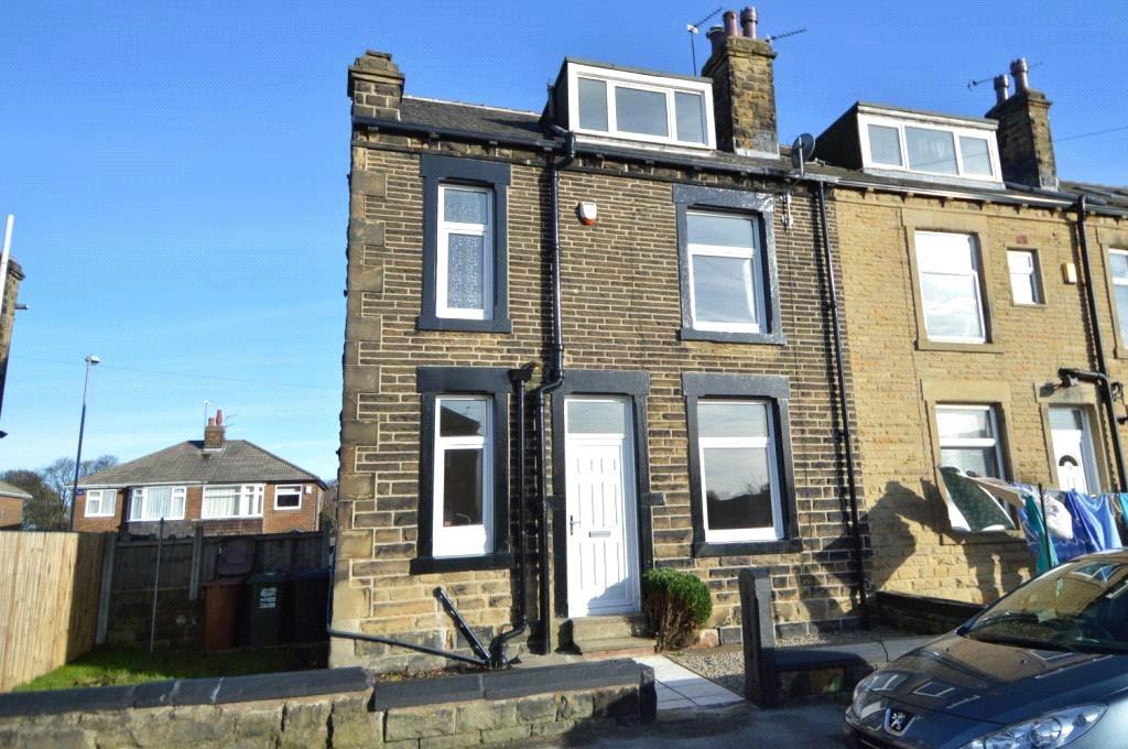 2 Bedrooms Terraced House for sale in Springfield Road, Morley, Leeds