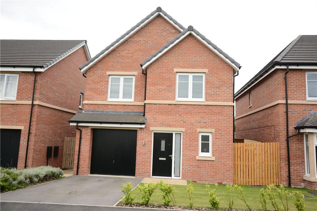 4 Bedrooms Detached House for sale in Mayfair Mount, Crossgates, Leeds, West Yorkshire