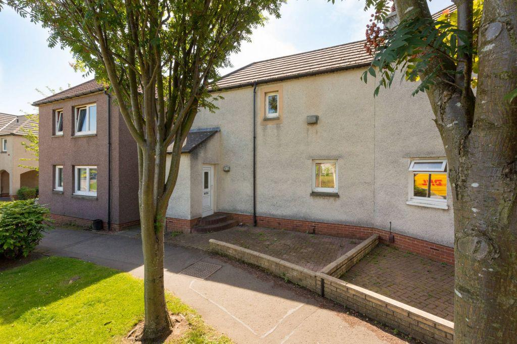 3 Bedrooms Semi Detached House for sale in 378 South Gyle Mains, Edinburgh, EH12 9ET