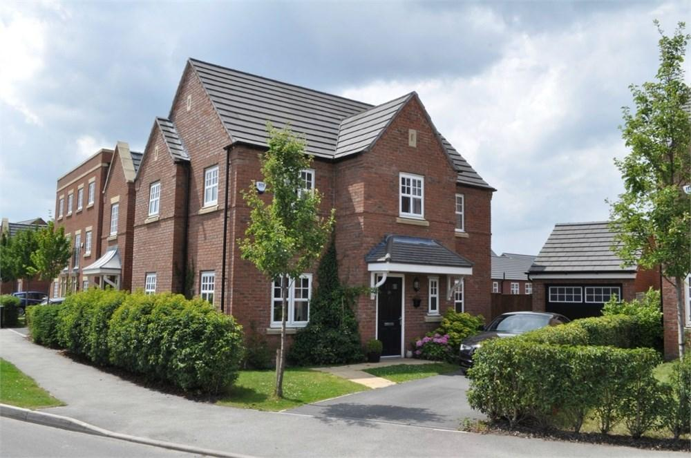 4 Bedrooms Detached House for sale in Parry Avenue, Northwich, CW8