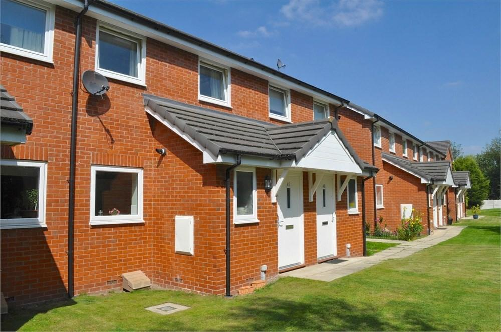 3 Bedrooms Town House for sale in Waterbank Row, Northwich, CW9