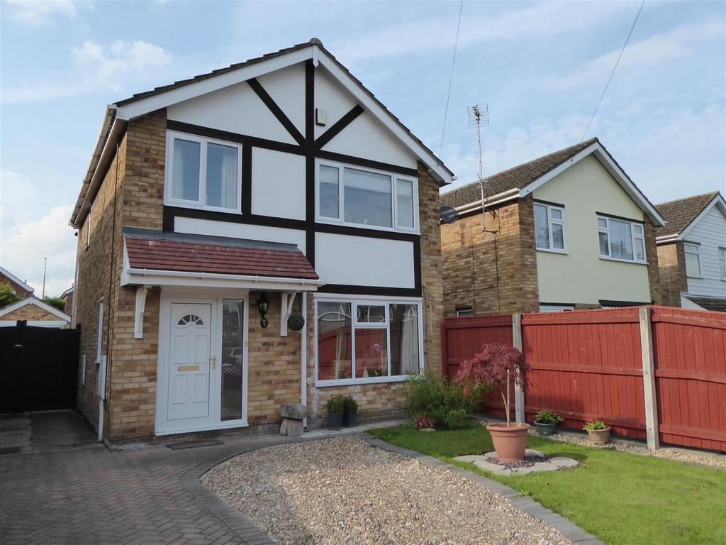 3 Bedrooms Detached House for sale in Greyfriars, Wybers Wood, Grimsby