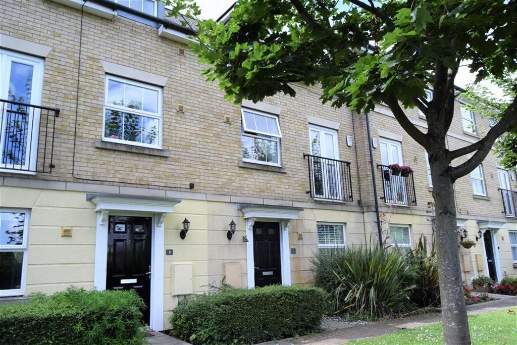 4 Bedrooms Town House for sale in Rotary Gardens, Rainham, Kent, ME7