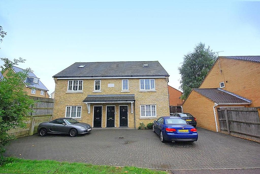 2 Bedrooms Duplex Flat for sale in Symonds Road, Hitchin