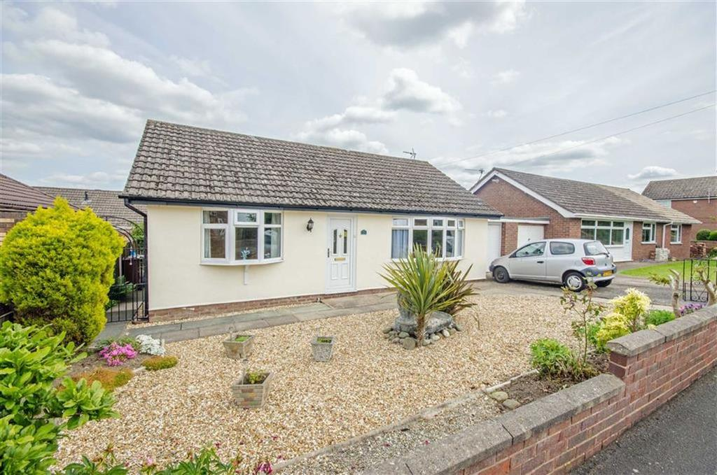 2 Bedrooms Detached Bungalow for sale in Beech Road, Drury, Buckley