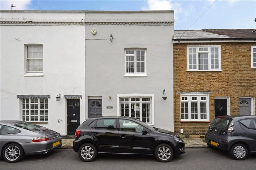 2 Bedrooms Terraced House for sale in Bell Road, East Molesey, Surrey, KT8