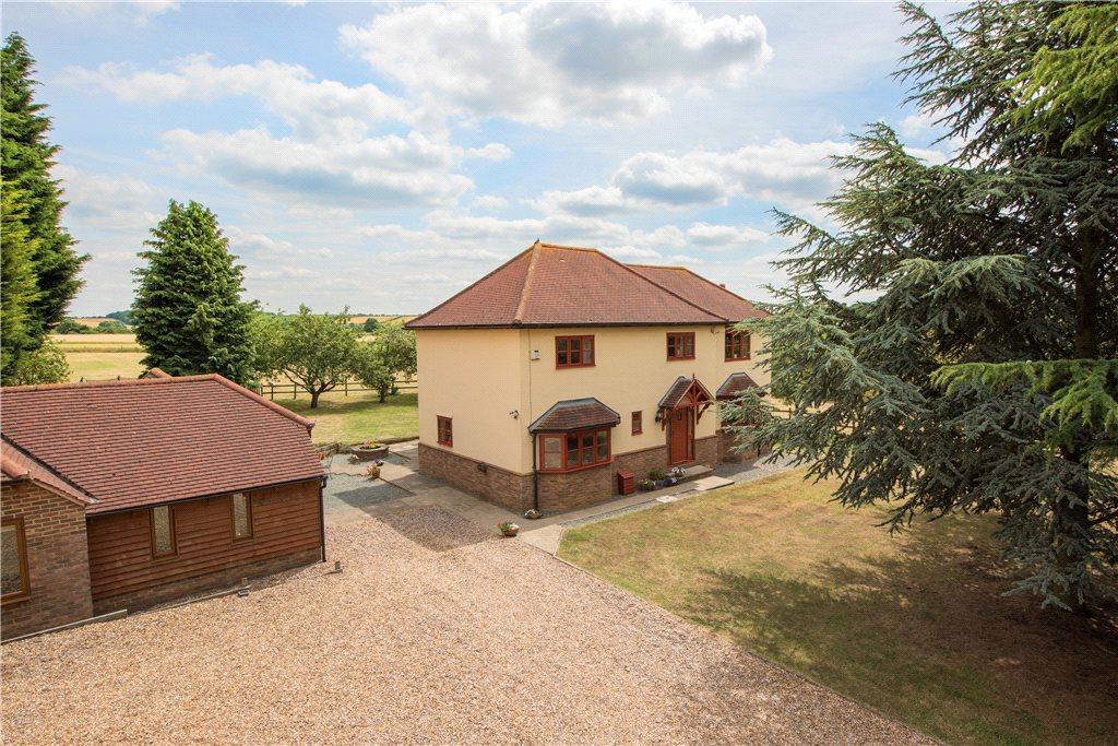 4 Bedrooms Detached House for sale in Bedford Road, Pavenham, Bedford, Bedfordshire