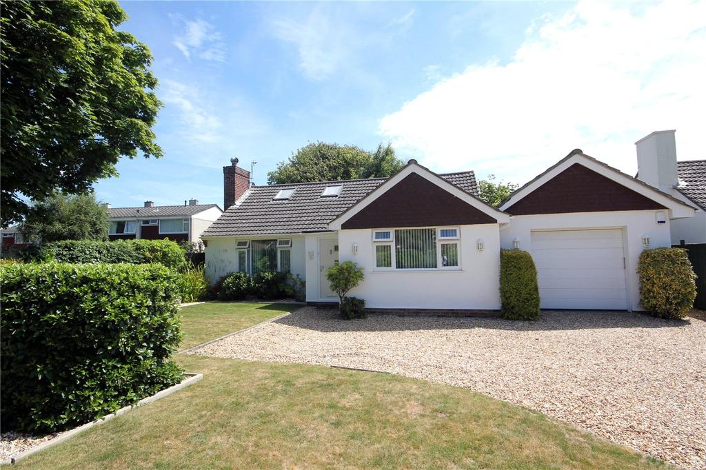 2 Bedrooms Detached House for sale in Becton Lane, Barton on Sea, New Milton, Hampshire, BH25