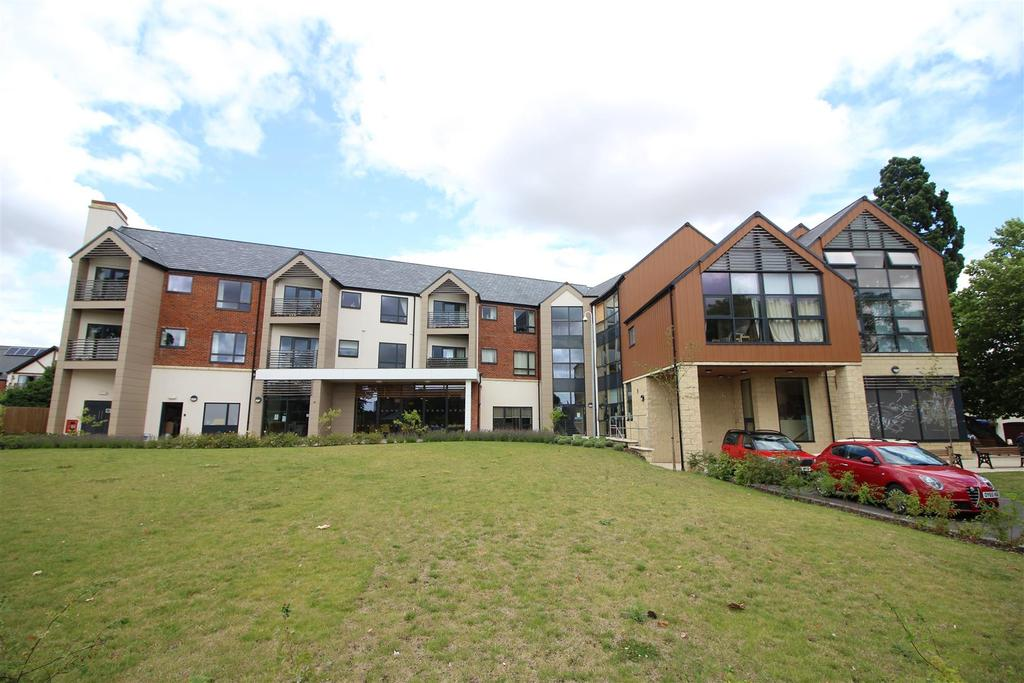 1 Bedroom Retirement Property for sale in Little Park, Southam