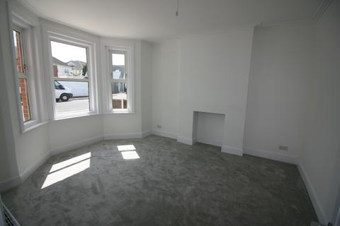 3 bedroom detached house for sale - Pokesdown, Boscombe BH7