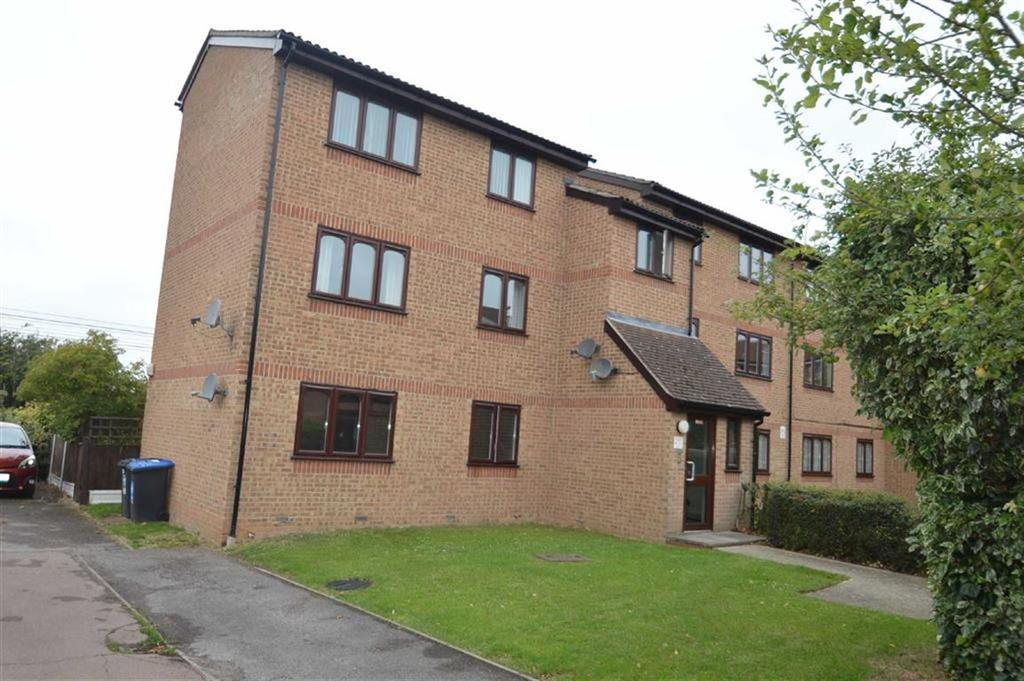 1 Bedroom Apartment Flat for sale in Sandon Close, Rochford, Essex