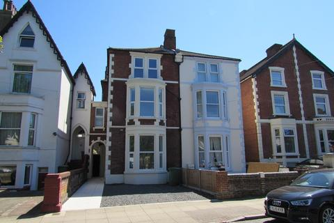6 bedroom house to rent - Campbell Road, Southsea, PO5