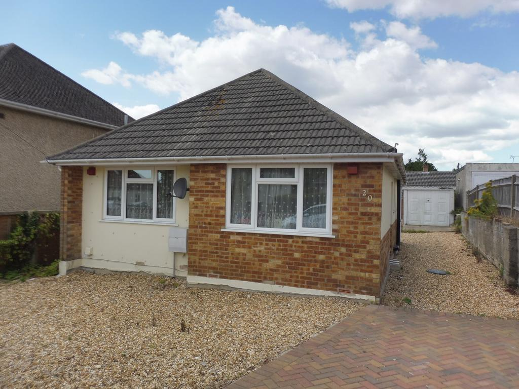 2 Bedrooms Detached Bungalow for sale in South Park Road