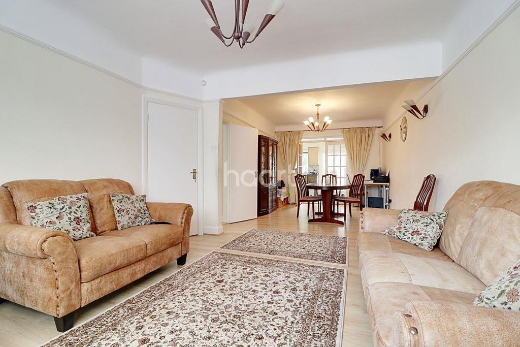 4 Bedrooms Semi Detached House for sale in Larkfield Avenue, Kenton, HA3