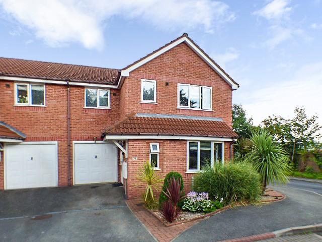 4 Bedrooms House for sale in Stonehills Court, Runcorn