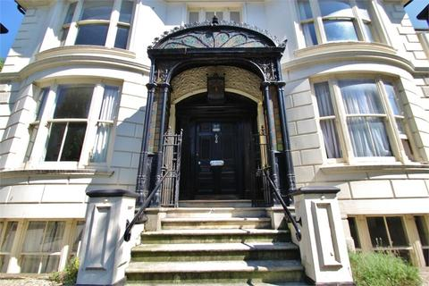 2 bedroom flat to rent - Montpelier Road, Brighton, East Sussex