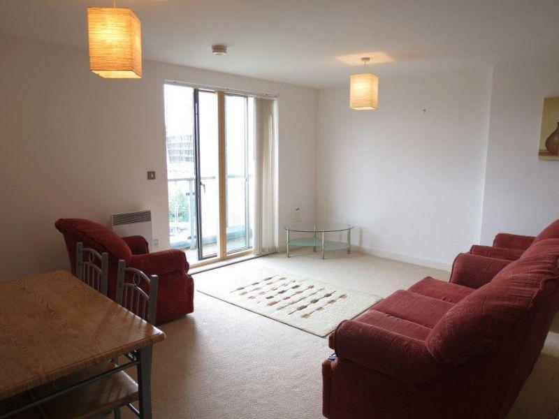 2 Bedrooms Apartment Flat for sale in Masson Place, 1 Hornbeam Way, Green Quarter