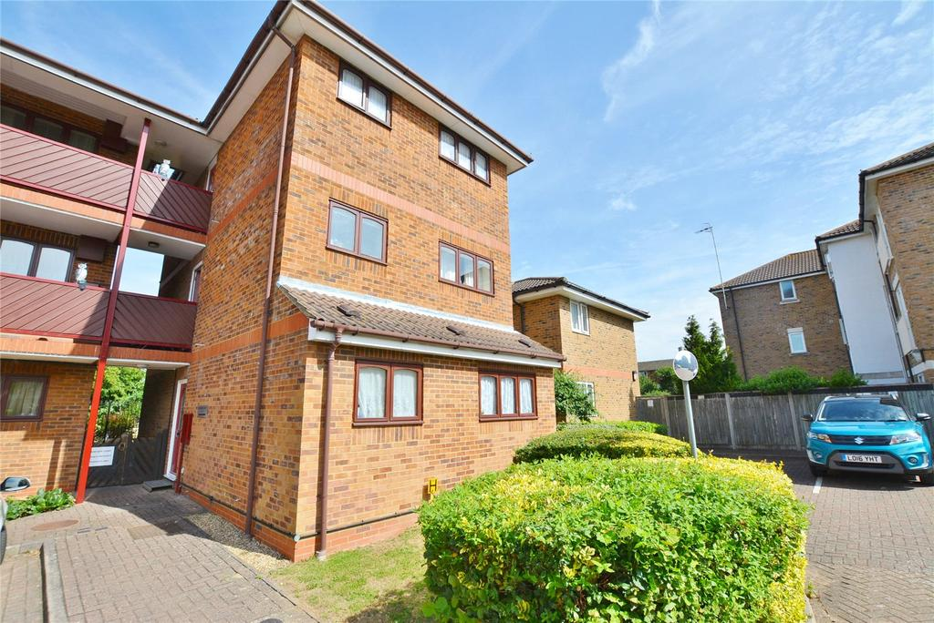 1 Bedroom Apartment Flat for sale in Moat View Court, Bushey, Hertfordshire, WD23