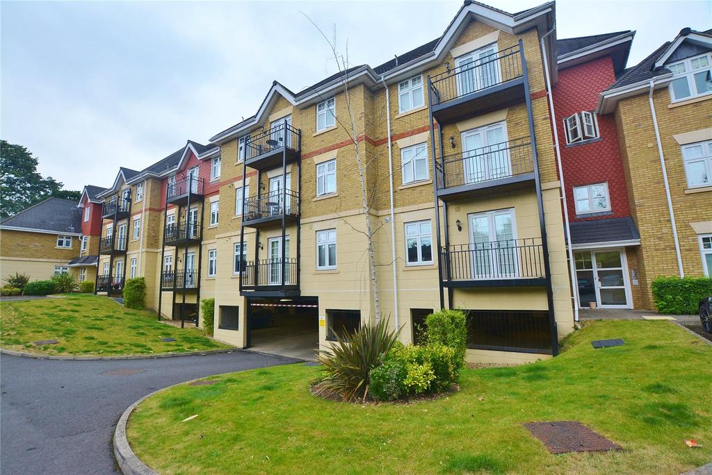 2 Bedrooms Apartment Flat for sale in Mayfield Court, London Road, Bushey, Hertfordshire, WD23