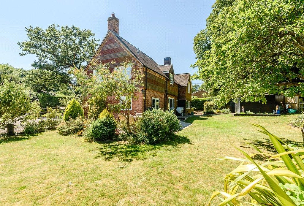4 Bedrooms Detached House for sale in Well Street, Burghclere, Newbury, RG20