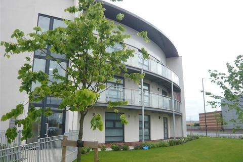 2 bedroom flat to rent - 1 Turing Court, Beswick