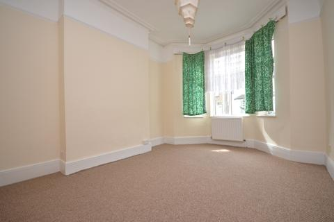 2 bedroom flat to rent - Ronver Road Lee SE12