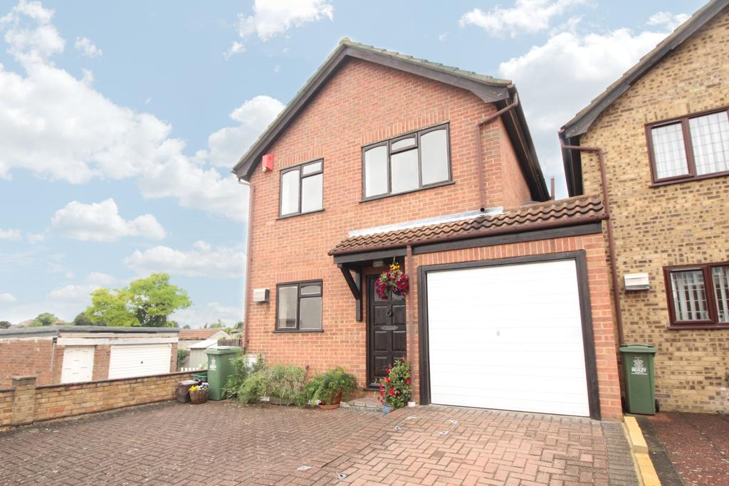 3 Bedrooms Detached House for sale in Lewin Road Bexleyheath DA6