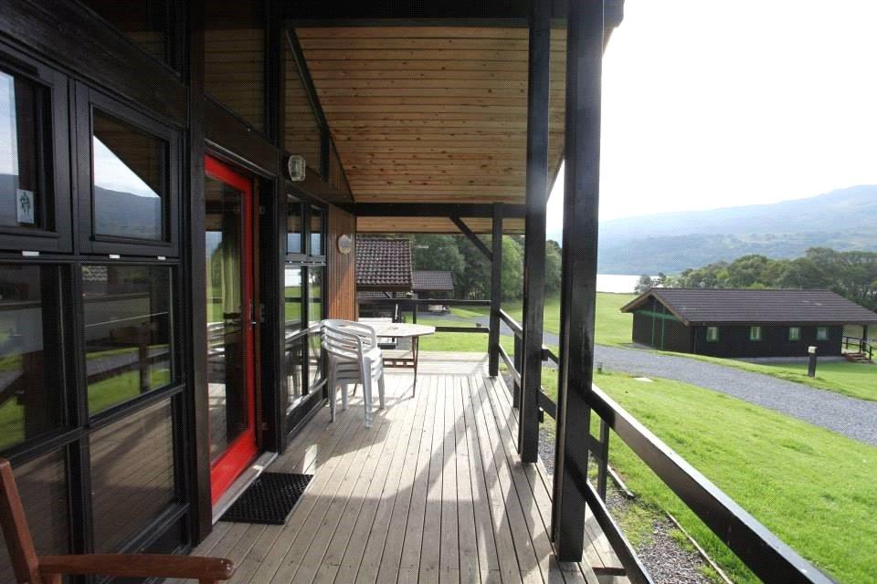 3 Bedrooms Detached Bungalow for sale in Loch Tay Highland Lodges, Milton Morenish Estate
