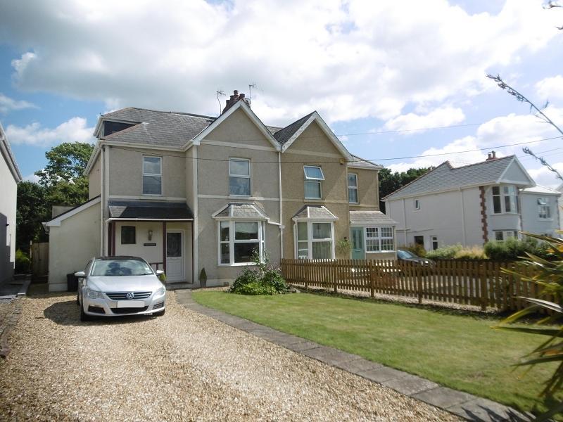 3 Bedrooms Semi Detached House for sale in , 102 Pontardawe Road, Clydach, Swansea.