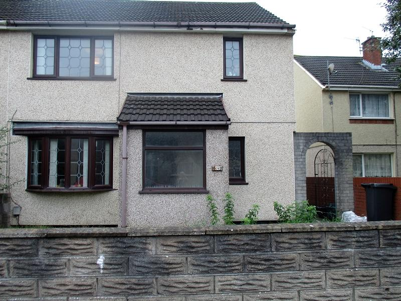 3 Bedrooms Semi Detached House for sale in Nobel Avenue, Port Talbot, Neath Port Talbot.