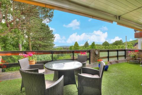 3 bedroom apartment for sale - Flat 8 Ivy Park Court, 35 Ivy Park Road, Ranmoor, Sheffield, S10 3LA.